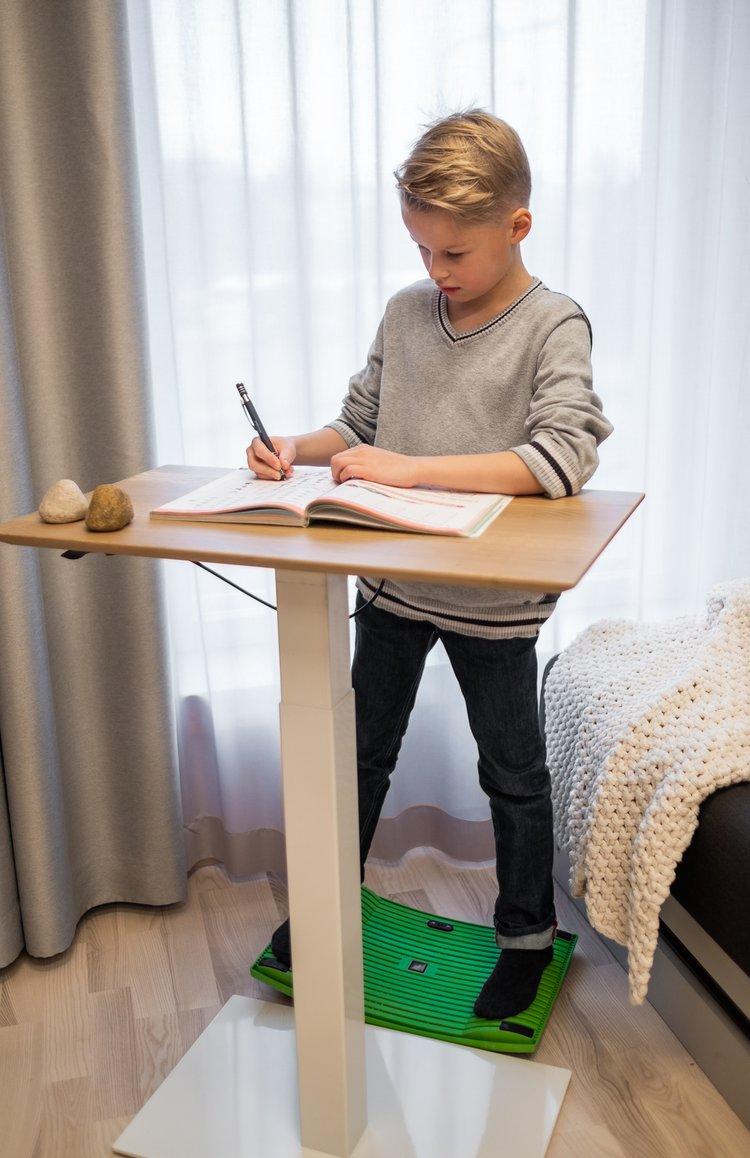 - Delso - dětský, kancelářský a bytový nábytek