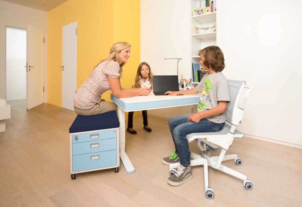 luxusni vyskove nastavitelny stul T7 - Delso - dětský, kancelářský a bytový nábytek