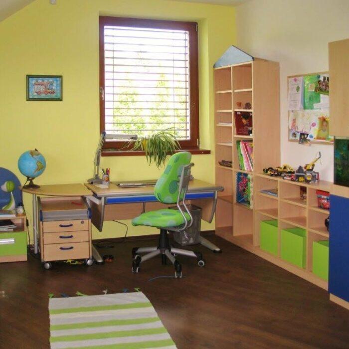 000946 001569 - Delso - dětský, kancelářský a bytový nábytek